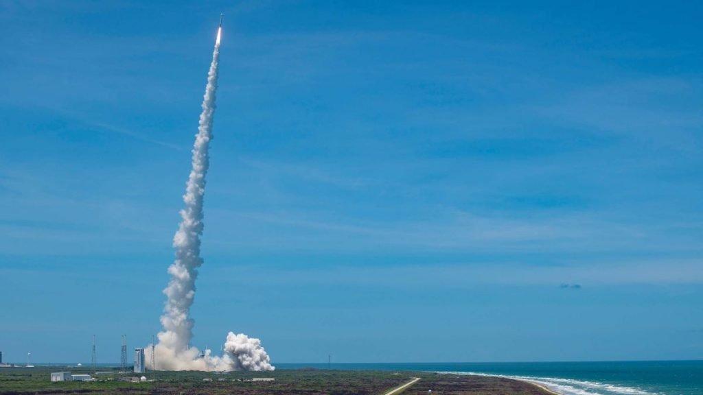 Atlas V Rocket Launch Delayed Due to Problem of Liquid Oxygen